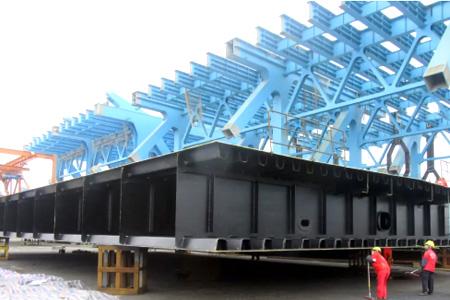 海虹老人助力国内在建最长公路钢结构高架桥