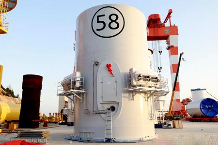 海虹老人涂料涂装的全球第二大风塔设备正式完工下线
