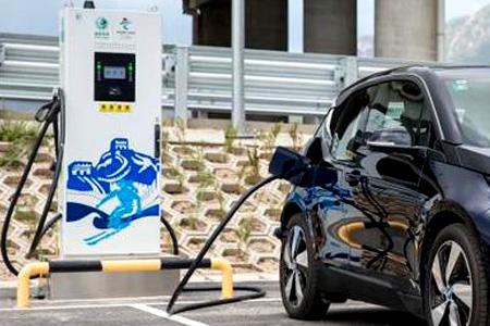 车企加入建桩大军,宝马牵手国网电动强调新能源本土化